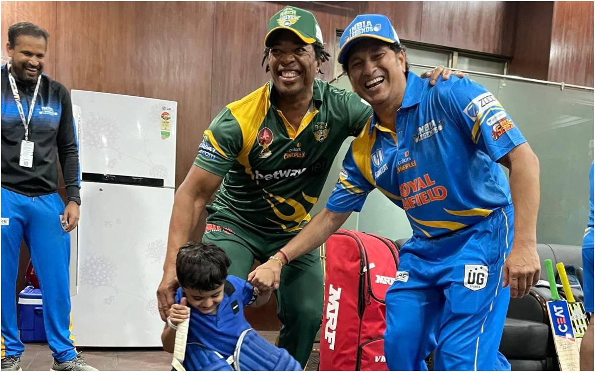 Cricket Image for 'इमरान सचिन पाजी के साथ ओपनिंग करने के लिए तैयार है', इरफान पठान ने शेयर की दिल जी