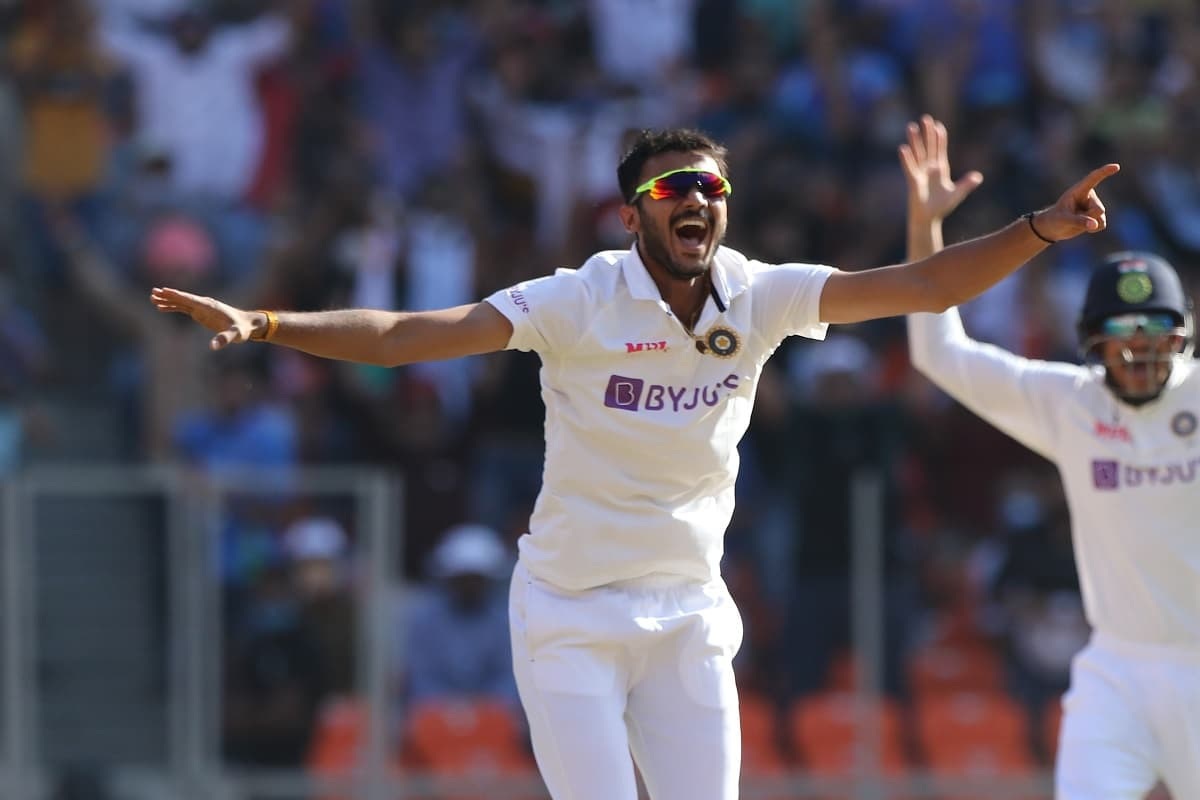 Axar Picks 4 As England All Out For 205 On Day 1