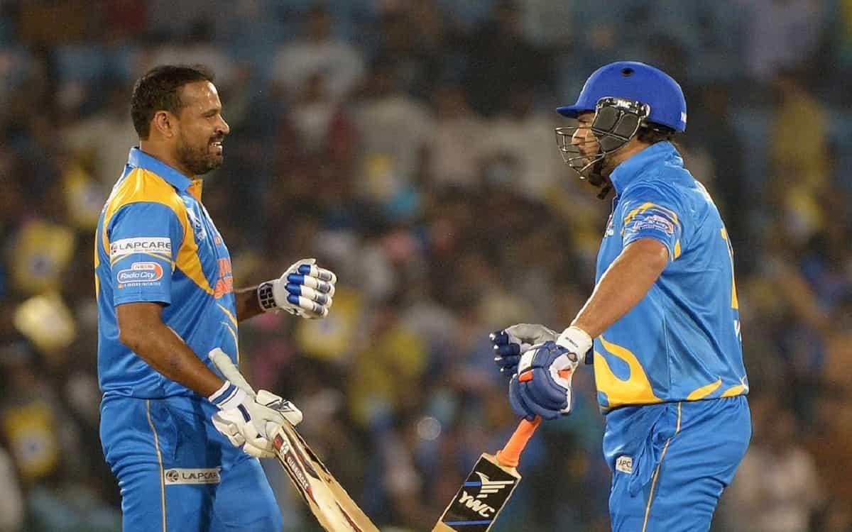 India's Yuvraj-Yusuf half-century innings help India Legends to give target of 182 runs to Sri Lanka