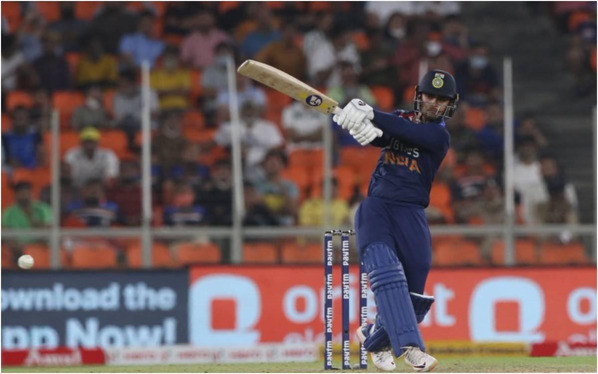 Cricket Image for IND vs ENG : अपने पहले ही मैच में कर डाली इंग्लैंड की बत्ती गुल, डेब्यू मैच में 4
