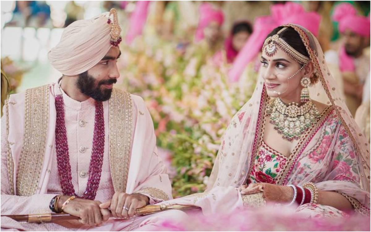 Cricket Image for 'यॉर्कर किंग' बुमराह ने संजना गणेशन के साथ रचाई शादी, सिक्ख रीति रिवाजों से गोवा म