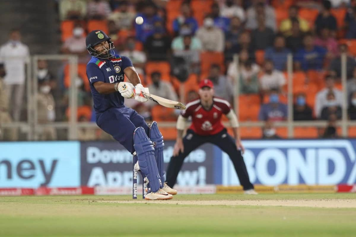 Cricket Image for Pant's Reverse Scoop To Jofra Archer Earns Him Praises From Cricket Fraternity