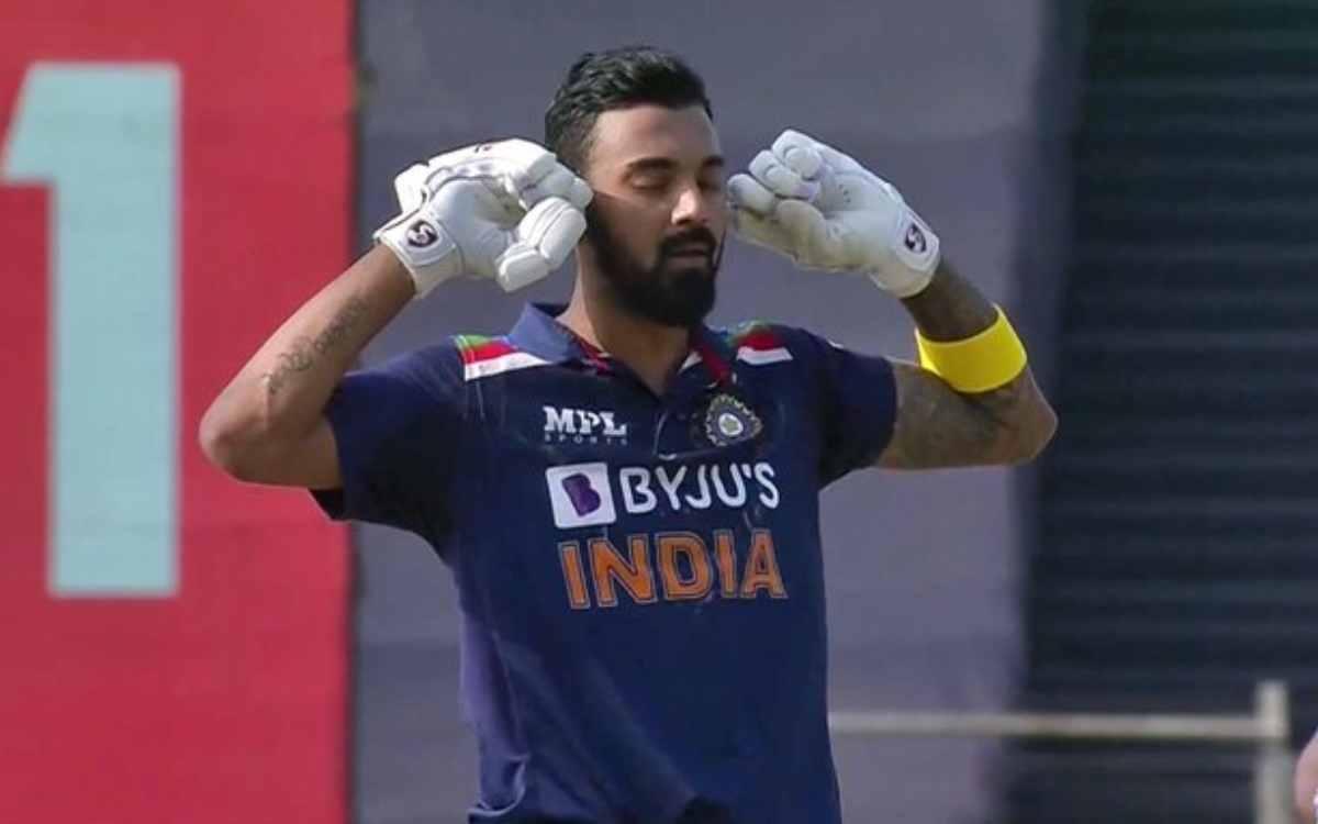 Cricket Image for शतक लगाने के बाद केएल राहुल ने कानों को किया बंद, अजीबोगरीब सेलिब्रेशन से आलोचकों
