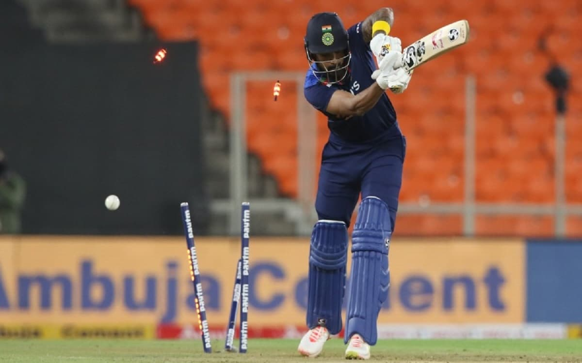 Cricket Image for IND vs ENG: KL Rahul Fails As Opener, Middle-Order May Be Way Ahead