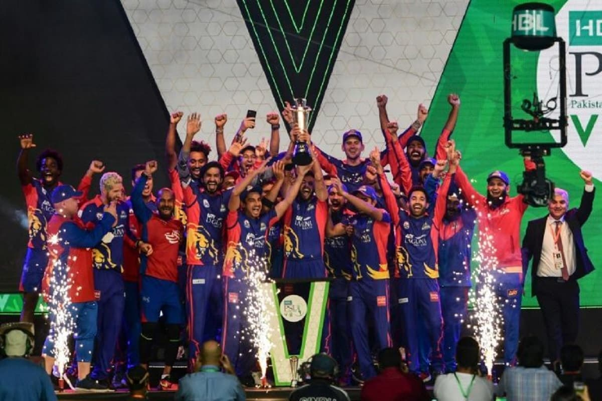 Cricket Image for Pakistan Super League Suspended Indefinitely Over Coronavirus Cases