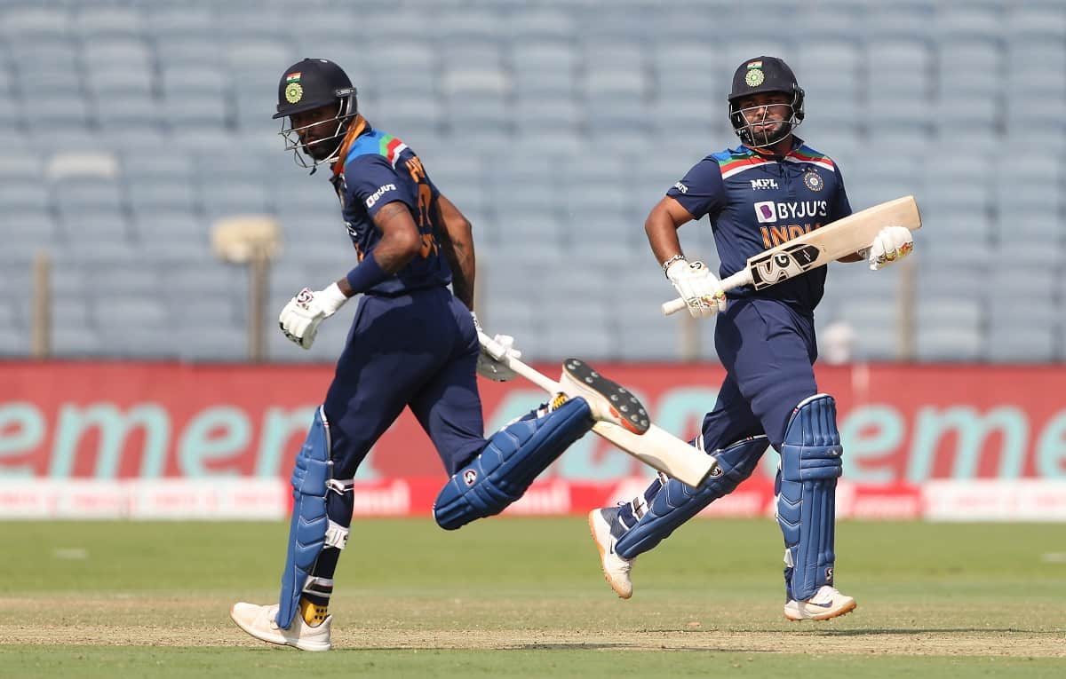 Cricket Image for 3rd ODI: Pant, Pandya Help India Score 329 In First Innings