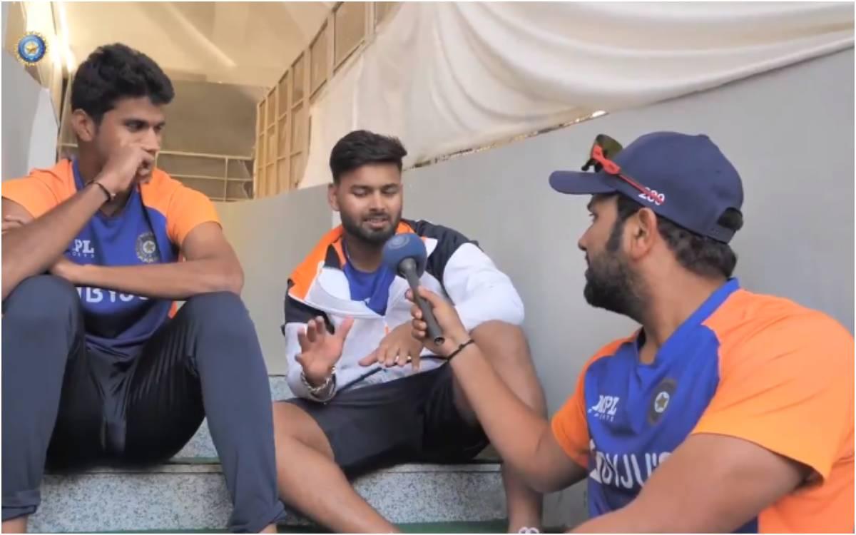 Cricket Image for 'स्टंप्स के पीछे इतना क्यों बोलते रहते हो ?  जब रोहित शर्मा ने पूछा मज़ेदार सवाल