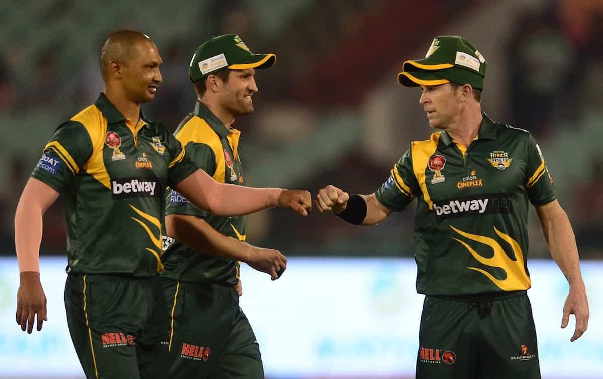 Cricket Image for Road Safety Series: साउथ अफ्रीका ने 8 विकेट से दी इंग्लैंड लेजेंड्स को मात, साबाला