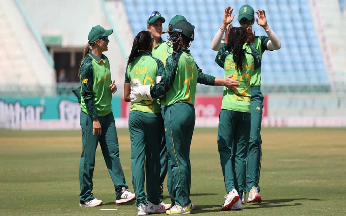 Cricket Image for South Africa Beat The Indian Womens Team By 5 Wickets