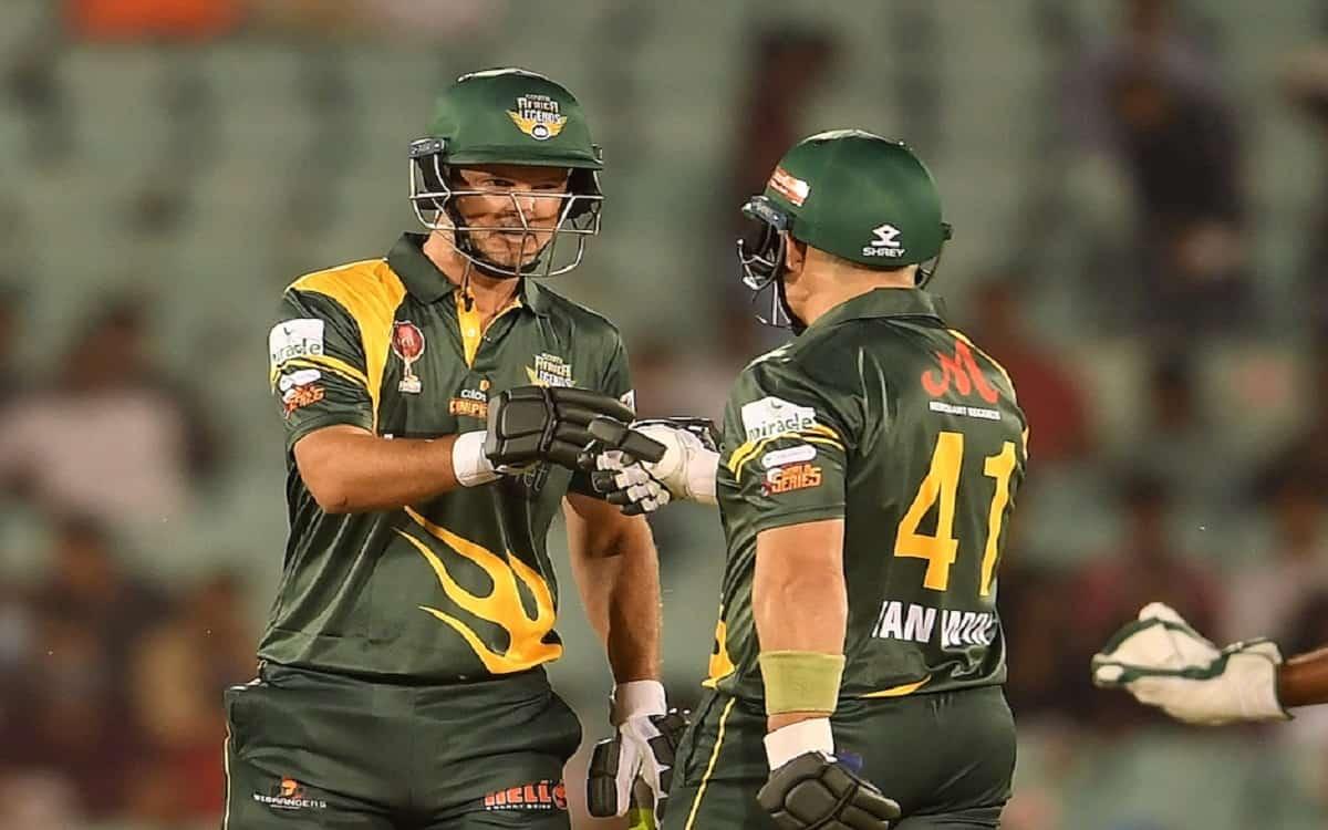 Cricket Image for Road Safety Series: बांग्लादेश लेंजेंड्स को 10 विकेट से हराकर साउथ अफ्रीका ने बनाई