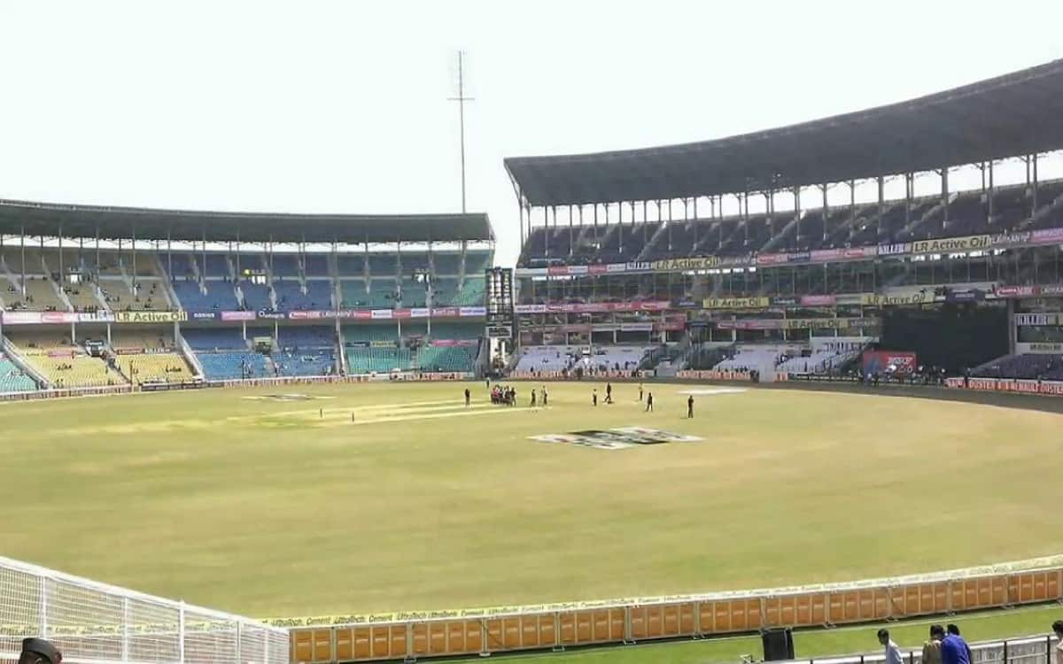 Cricket Image for Karnataka Beat Delhi By 4 Wickets at Women's One-Dayers
