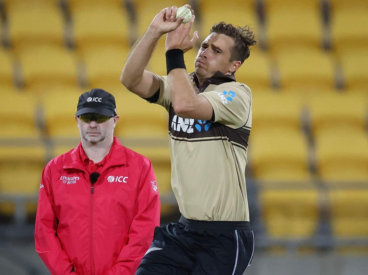 Cricket Image for Tim Southee Breaches Code Of Conduct Against Australia In 4th T20I