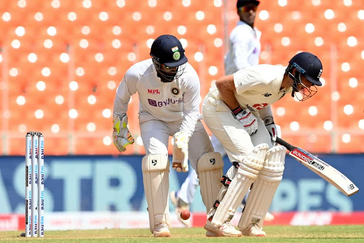 Cricket Image for 'Come on Man': When Virat Kohli's Throw Hit Joe Root In Groin, Watch Video
