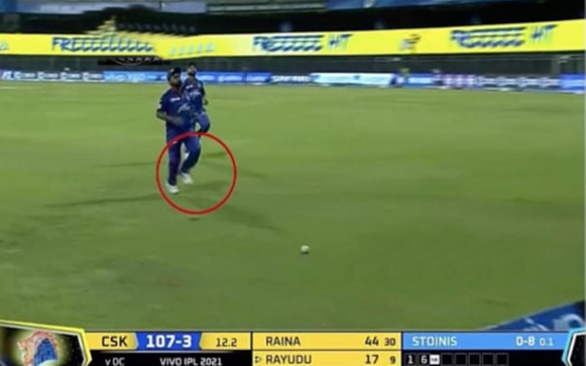 Cricket Image for VIDEO: अमित मिश्रा मैदान पर 'जॉगिंग' करते हुए आए नजर, बढ़ती उम्र का असर दिखा फील्ड