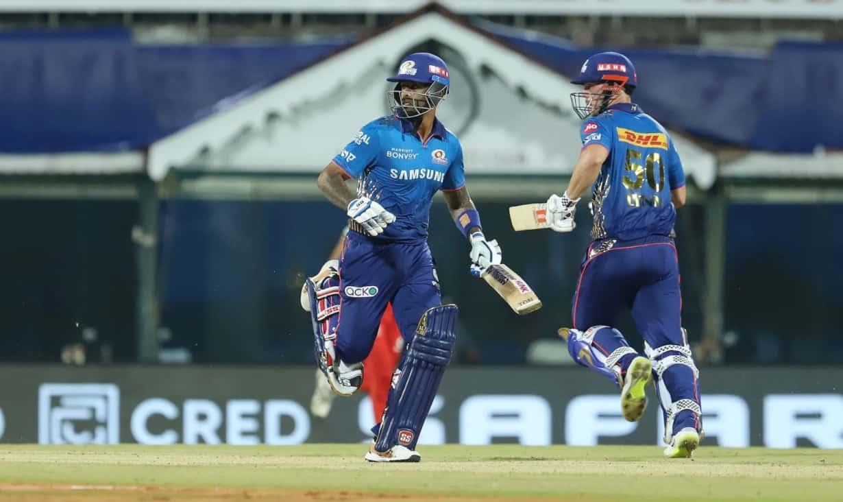 Mumbai Indians post runs target for RCB in IPL 2021 Opener