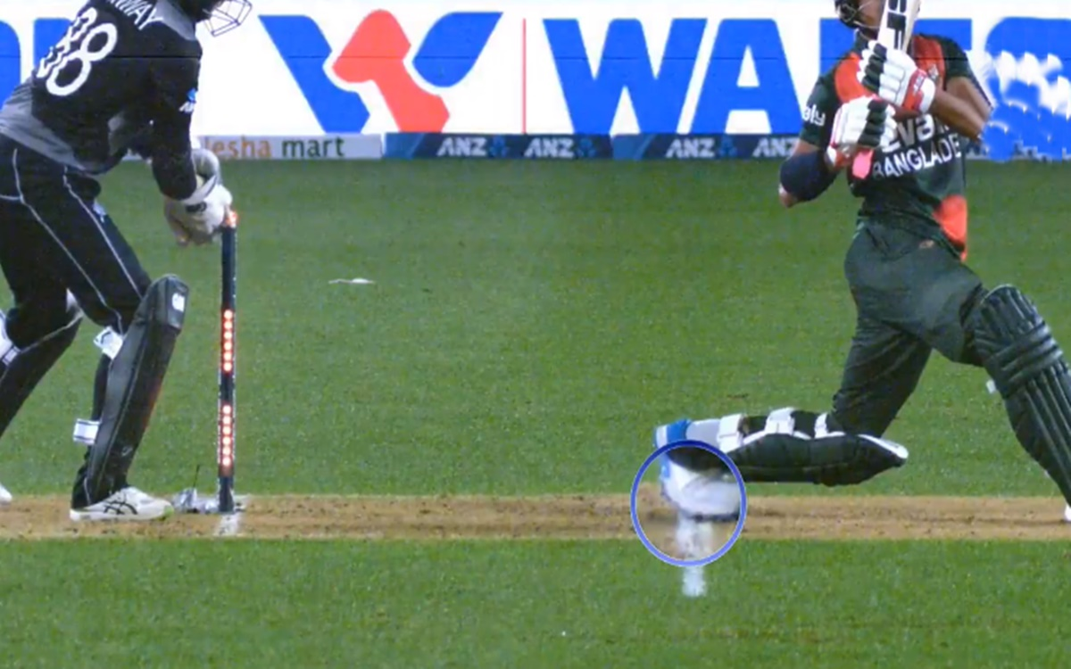 Cricket Image for Devon Conway Emulates Ms Dhoni