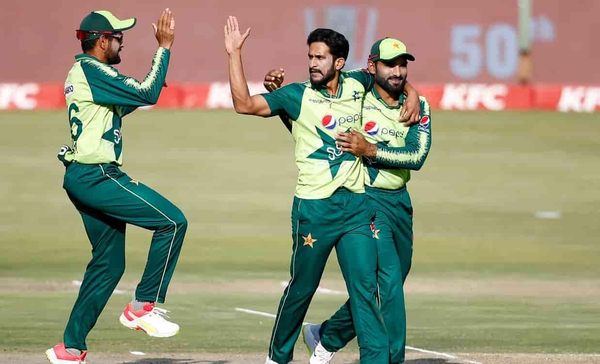 Cricket Image for ZIM vs PAK: पाकिस्तान ने तीसरे T20I में जिम्बाब्वे को हराकर 2-1 से जीती सीरीज,रिजव
