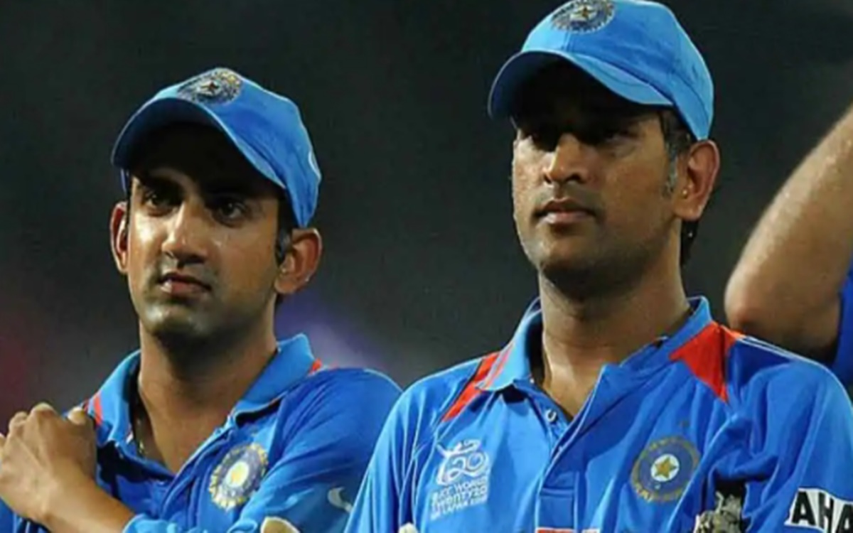 Cricket Image for Gautam Gambhir Expressed Disapproval To Ms Dhoni Six