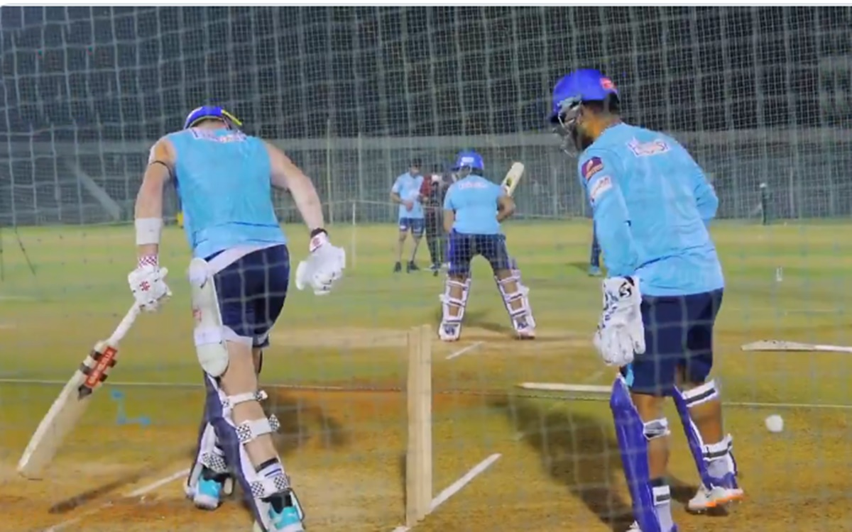 Cricket Image for Delhi Capitals Captain Rishabh Pant Trolls Sam Billings