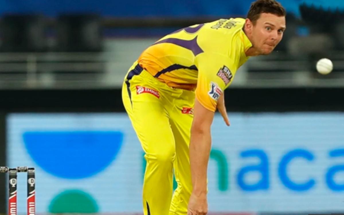 Cricket Image for Ipl 2021 Ms Dhoni Team Csk Might Rope New Zealands Scott Kuggeleijn For Josh Hazle