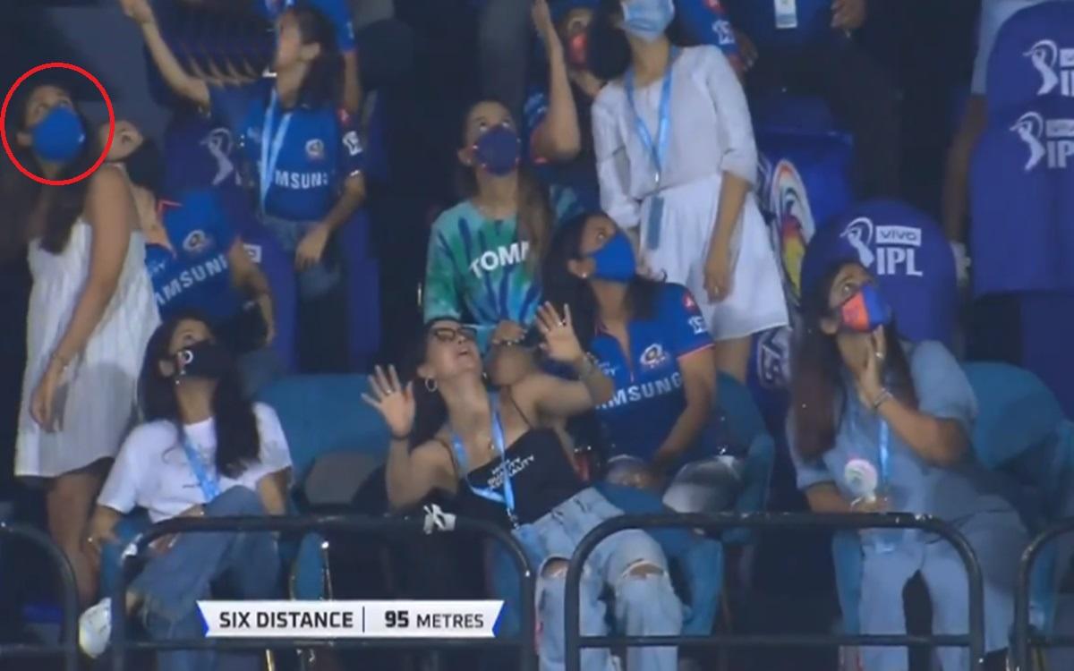 Cricket Image for Rohit Sharma Massive Six Off Kagiso Rabada Bowling