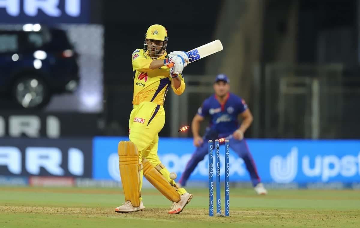 Cricket Image for IPL 2021: धोनी को दूसरी गेंद पर आवेश खान ने किया बोल्ड, 14 साल के करियर में चौथी ब