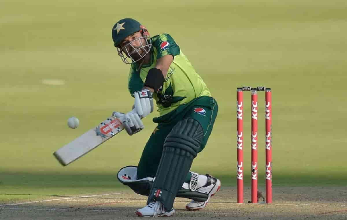 Cricket Image for ZIM vs PAK: मोहम्मद रिजवान ने ठोका 2021 का छठा अर्धशतक,कुमार संगाकारा को पछाड़कर ब