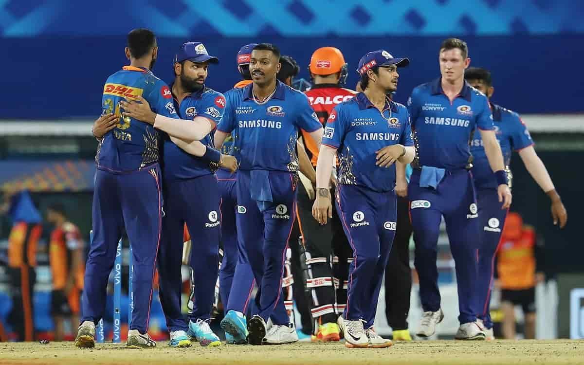 Cricket Image for Mumbai Indians Defeat Surisers Hyderabad By 13 Runs Despite Good Start