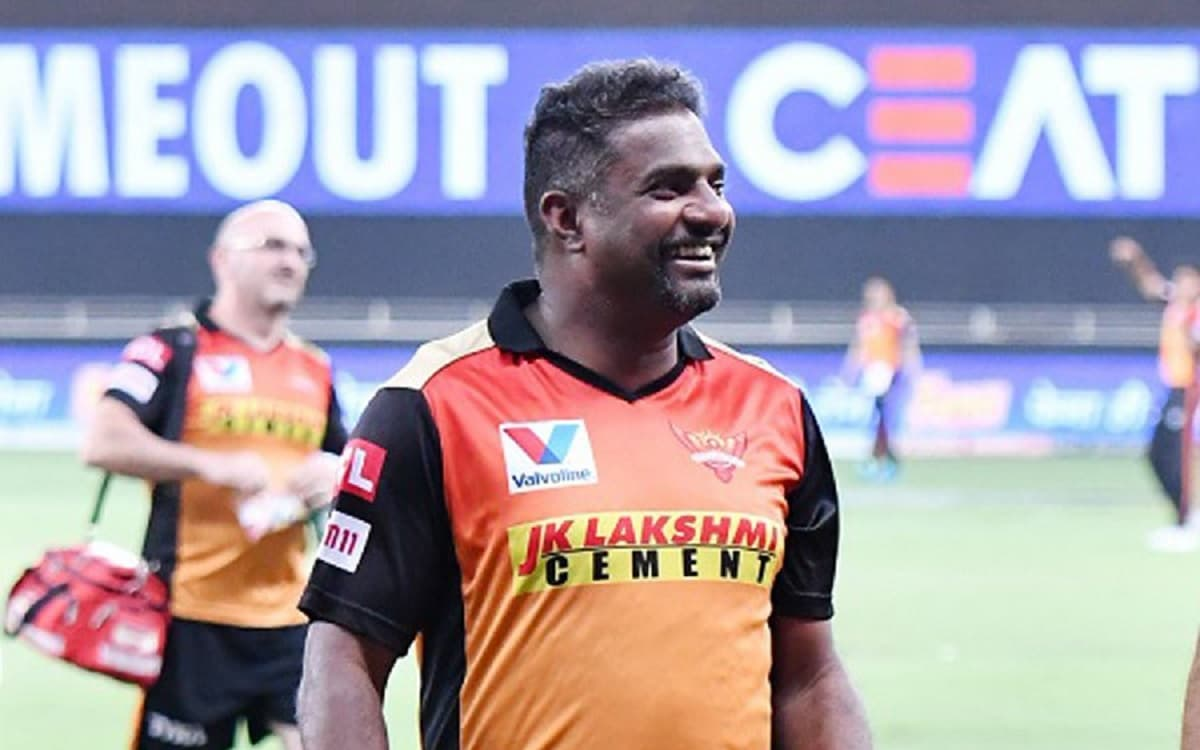 Muttiah Muralitharan admitted to hospital after cardiac issue