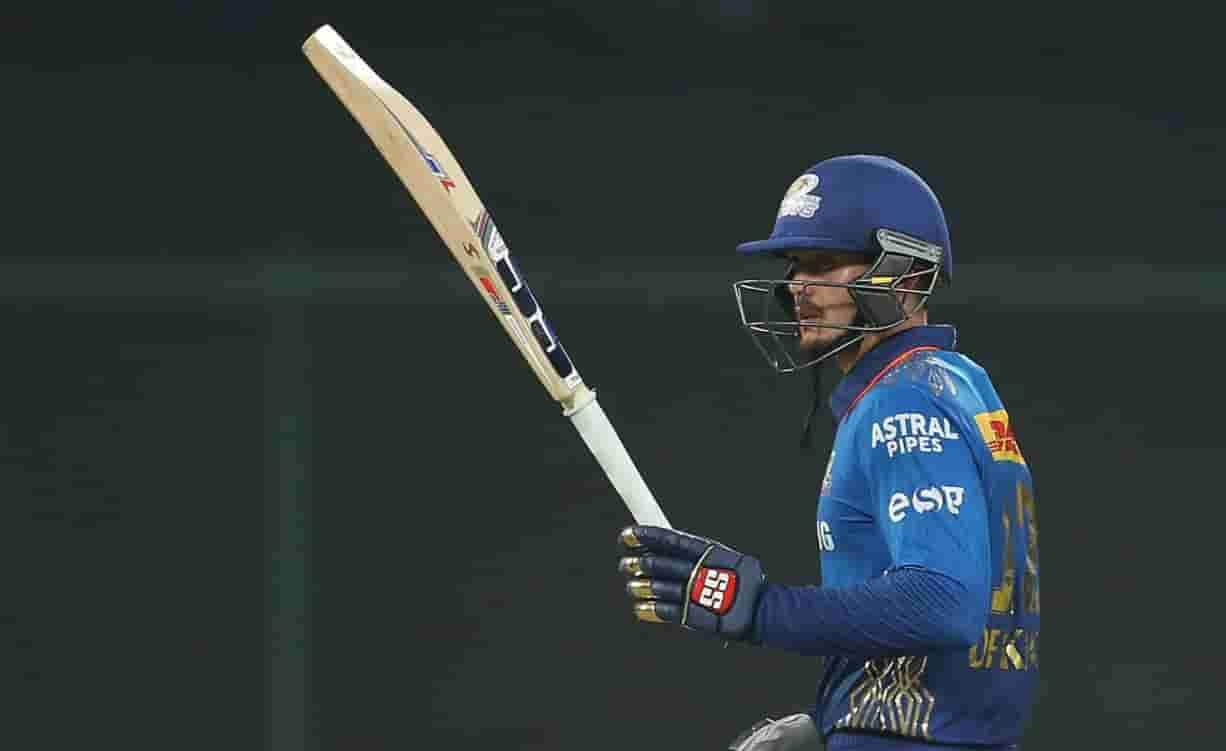 Mumbai Indians beat Rajasthan Royals by 7 wickets