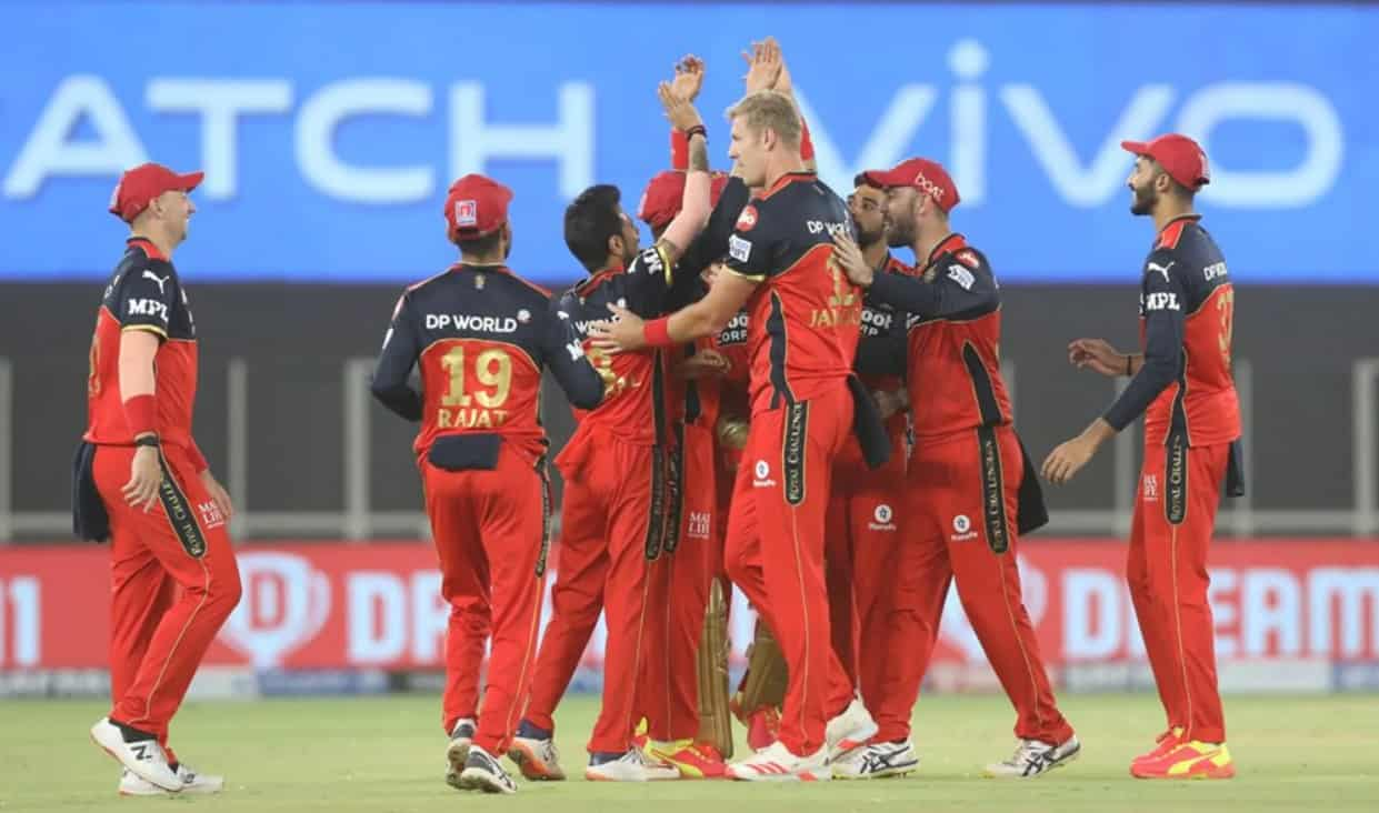 RCB beat Delhi Capitals by 1 run in IPL 2021