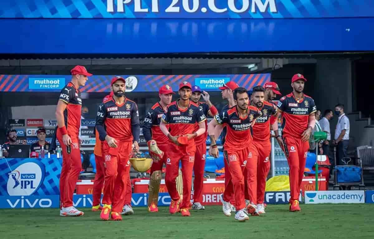 Cricket Image for 1 रन से जीत के साथ आरसीबी ने IPL 2021 पॉइंट्स टेबल में किया उलटफेर,चेन्नई से छिनी