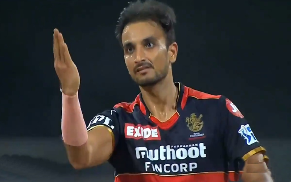 Cricket Image for Rcb Vs Rr Harshal Patel Loses His Cool After Gettin Riyan Parag Wicket