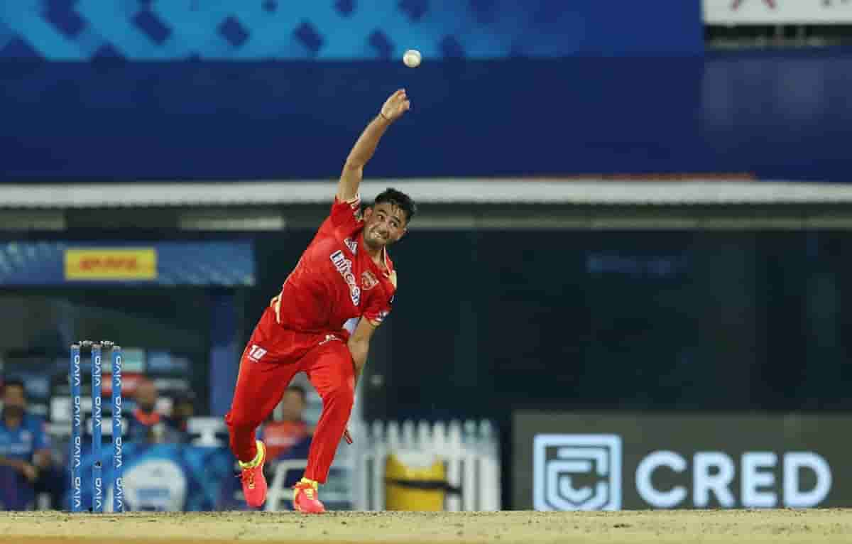 Cricket Image for अनिल कुंबले ने बताई वजह, शुरूआती मैचों में पंजाब किंग्स के प्लेइंग XI में रवि बिश्
