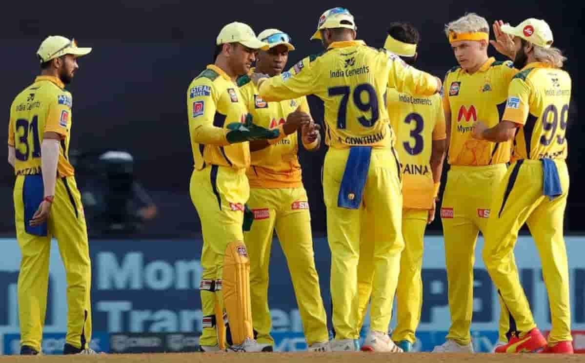 Cricket Image for वीरेंद्र सहवाग के अनुसार, रैना-जडेजा नहीं, ये खिलाड़ी धोनी के बाद बन सकता है चेन्न