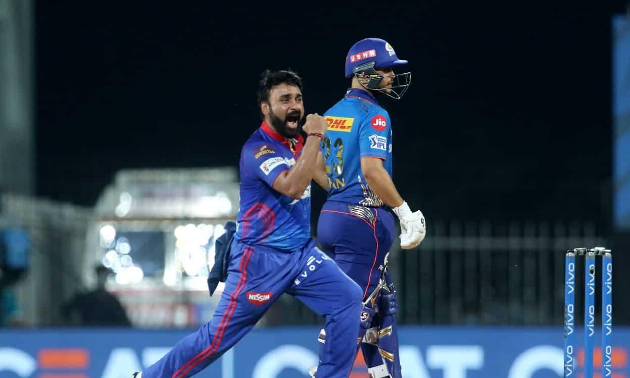 Cricket Image for IPL 2021: मिश्रा जी ने किया कमाल, हिटमैन रोहित शर्मा को आउट कर बनाया रिकॉर्ड, निकल
