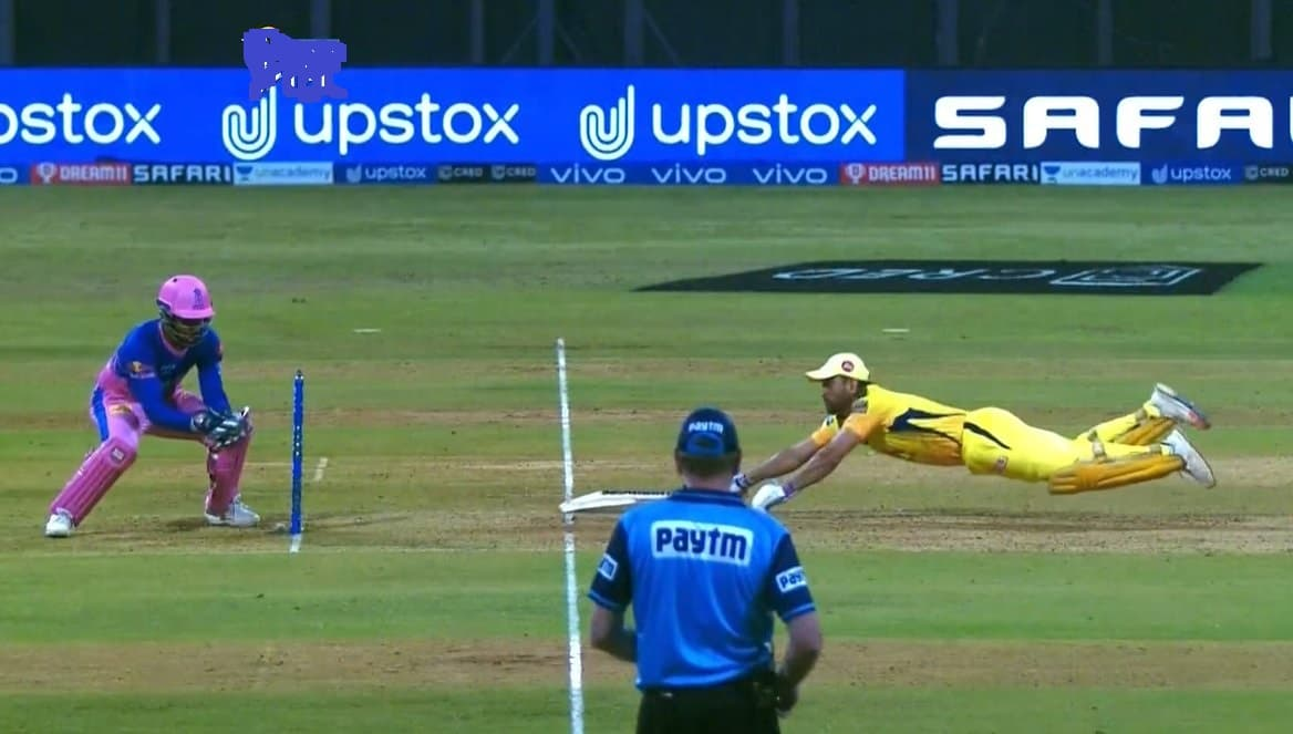 Watch Video - MS Dhoni stunning dive to save himself from run out