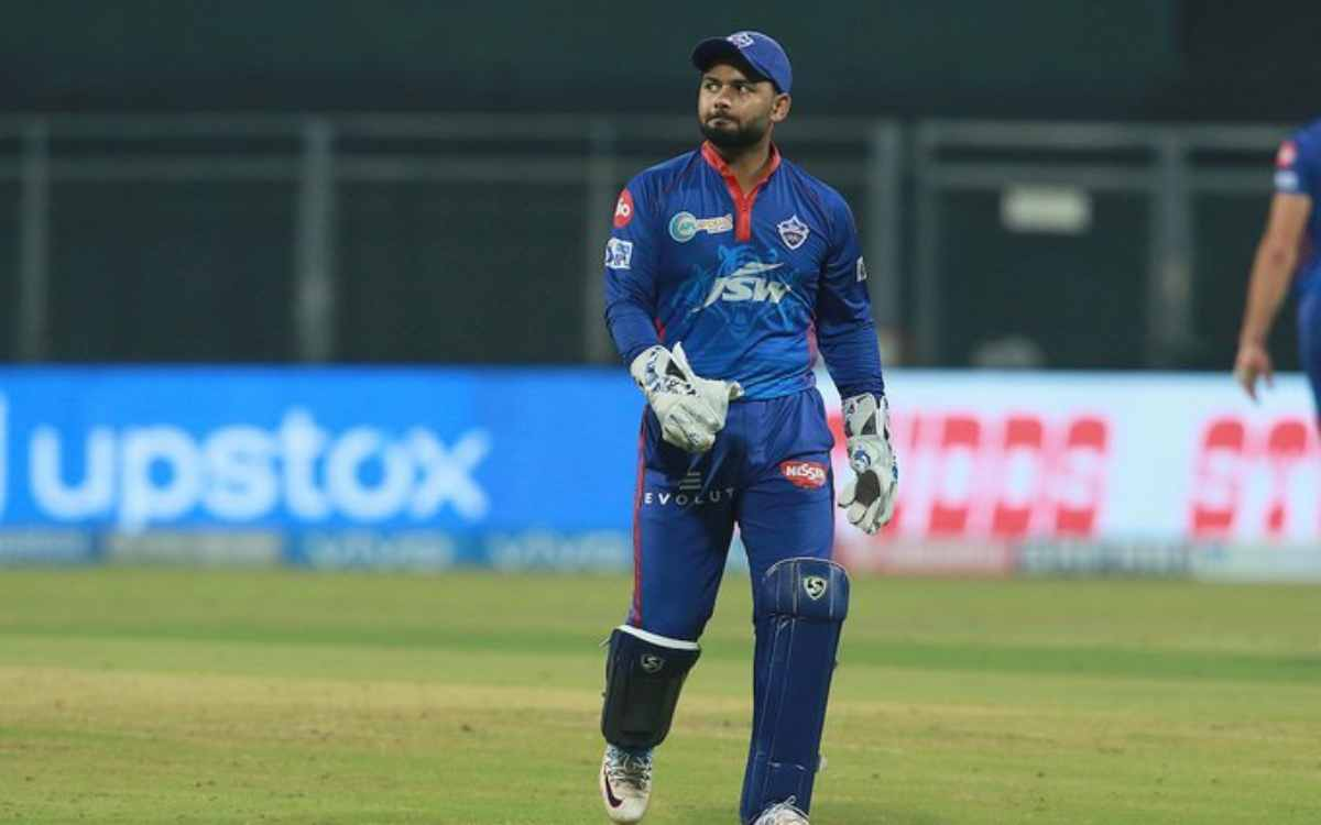 Cricket Image for अजय जडेजा ने लगाई ऋषभ पंत को फटकार, कहा- 'उस वक्त स्टोइनिस को ओवर देना बहुत बड़ी ग