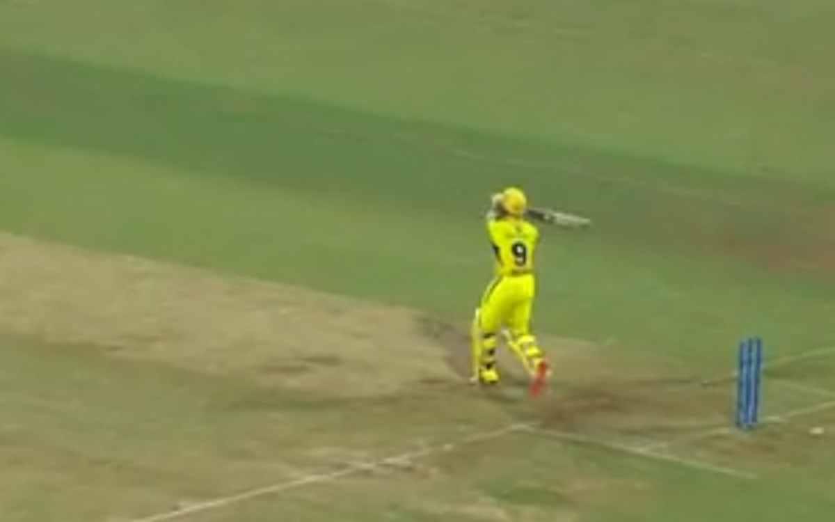 Cricket Image for VIDEO : पहली ही गेंद पर 0 पर आउट हुए अंबाती रायडू, कर ली रोहित शर्मा के शर्मनाक रि