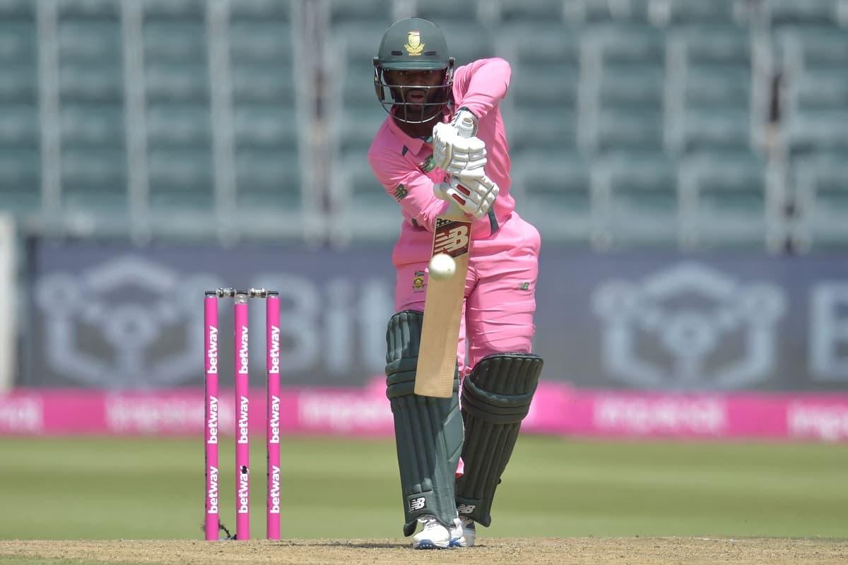 Cricket Image for 2nd ODI: Bavuma, de Kock Star As South Africa Post 341/6 Against Pakistan