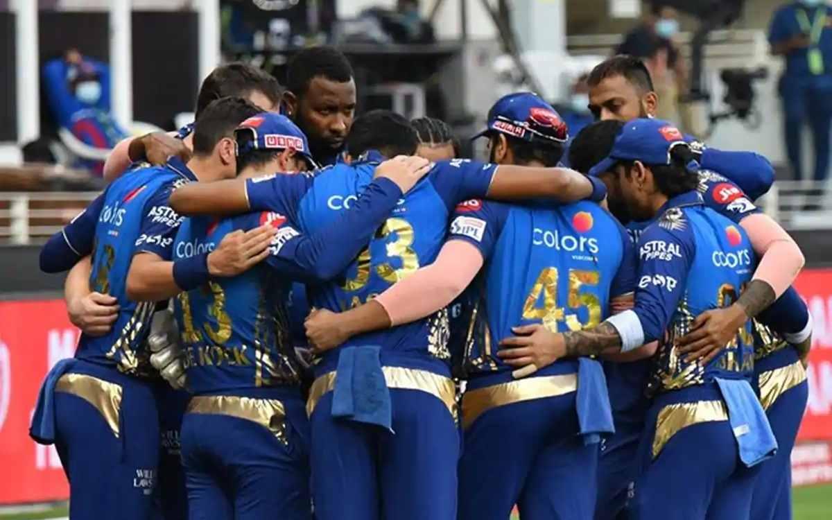 Cricket Image for मुंबई इंडियंस के स्टार खिलाड़ी को सताने लगा है डर, अपने क्रिकेट बोर्ड से लगाई चार्