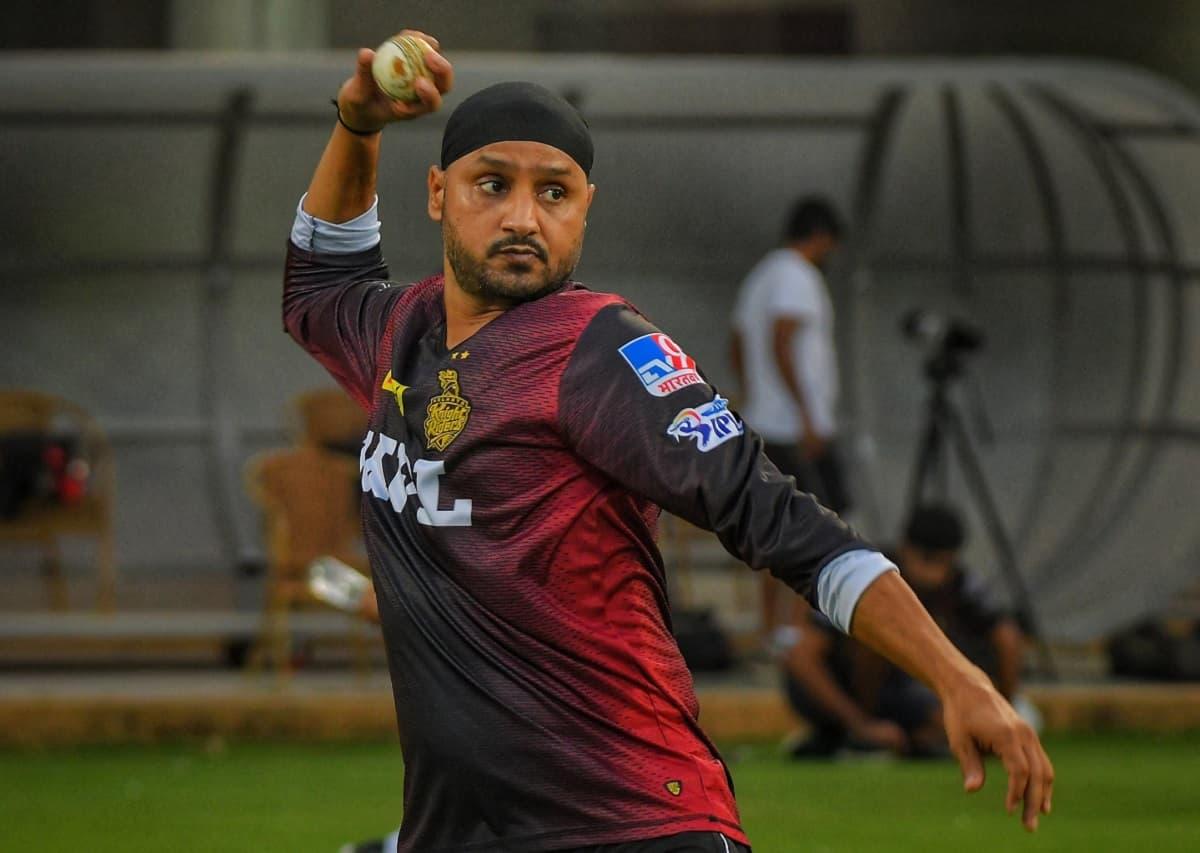 Cricket Image for Harbhajan's Intensity, Commitment Impresses Dinesh Karthik