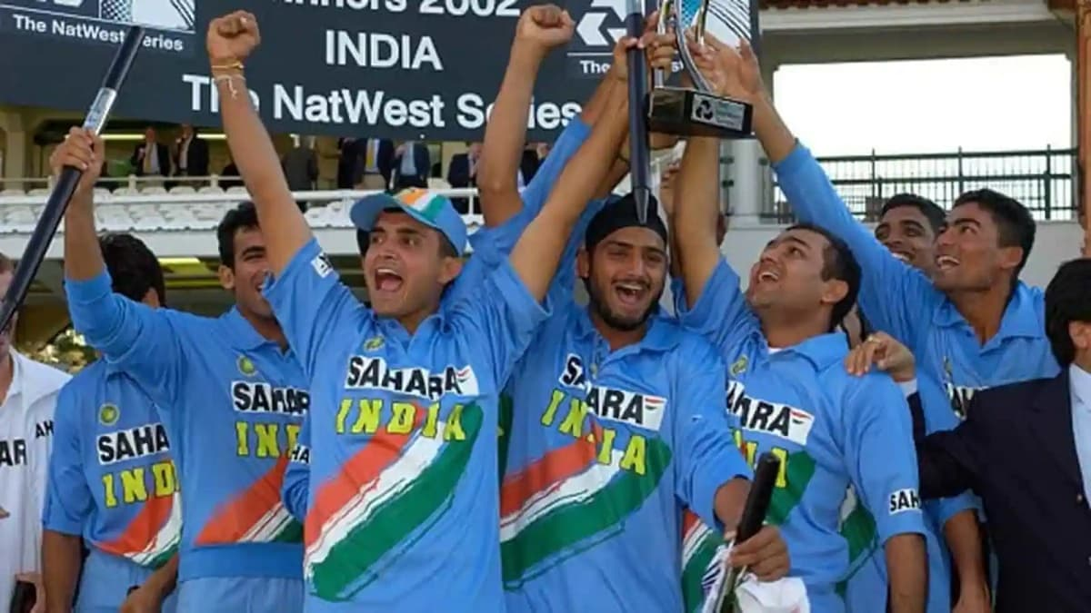 Cricket Image for How An Adamant Sehwag Taught Key Captaincy Lesson To Ganguly