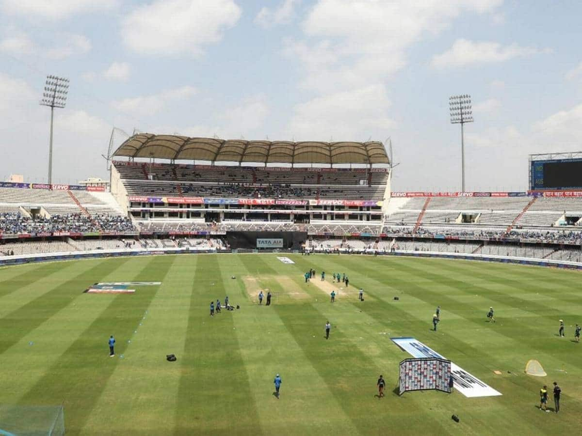 Cricket Image for Hyderabad Kept As Standby IPL Venue After Mumbai Sees Rise In Covid-19 Cases
