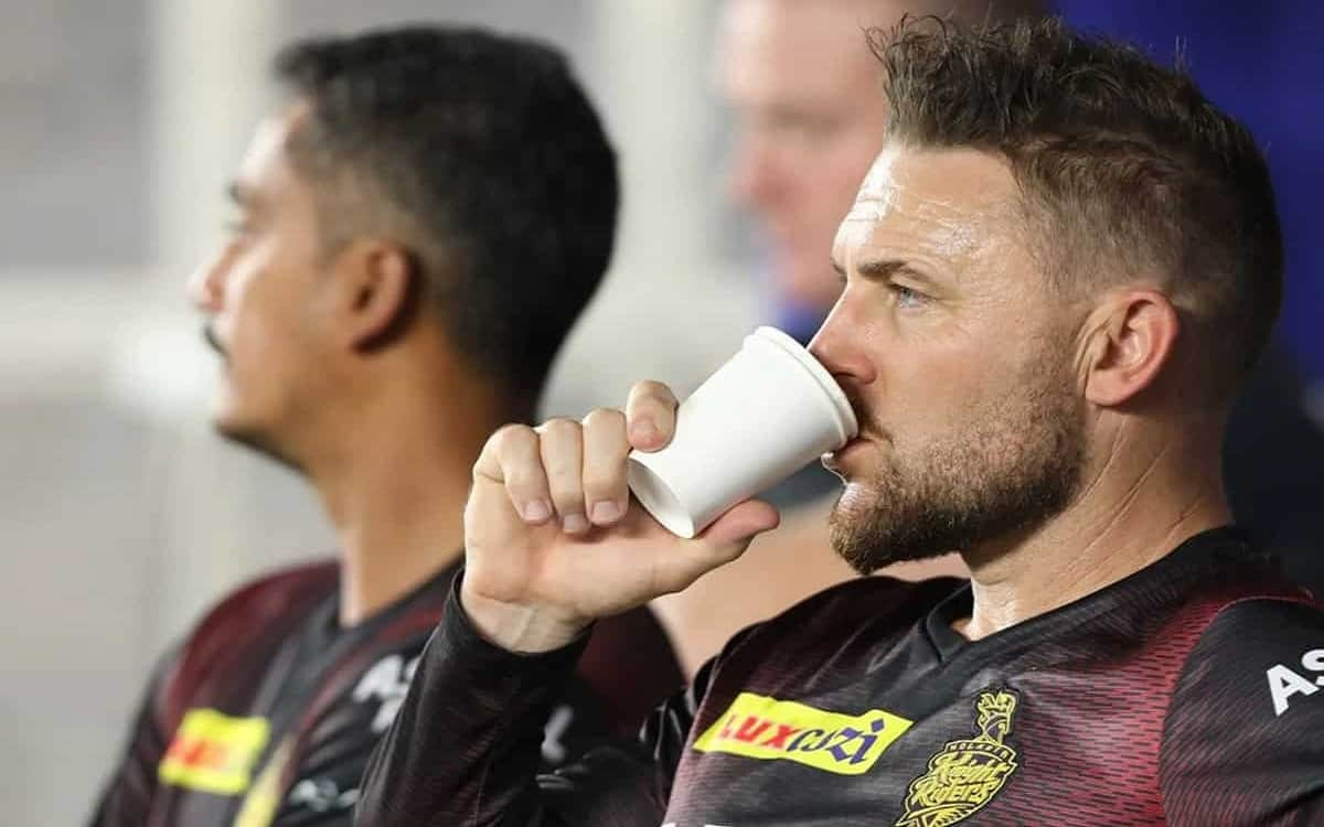 Cricket Image for Kkr Coach Brendon Mccallum Disappointed After Defeat Hinted At Big Changes In Team