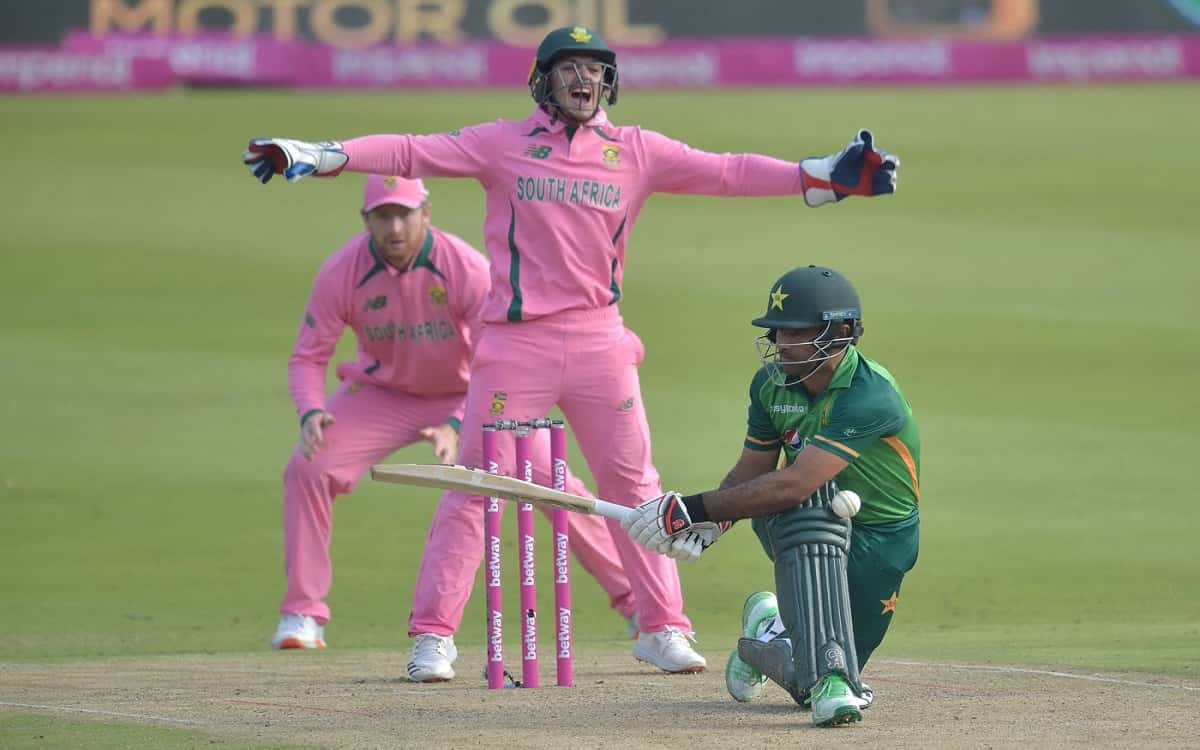 Cricket Image for SA vs PAK: Quinton De Kock escapes fake fielding charge after Fakhar Zaman run out