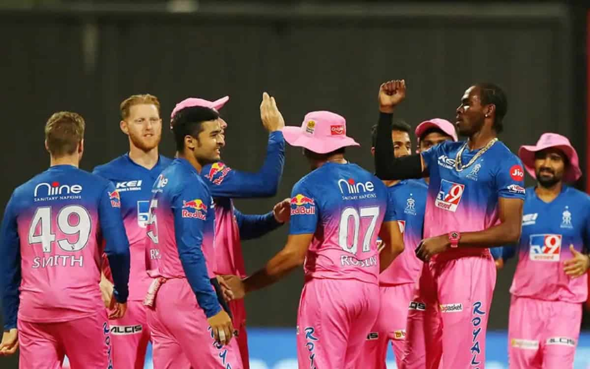 rajasthan royals opt to bowl first against Punjab kings