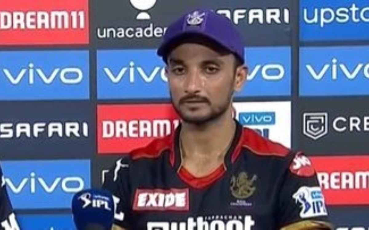Cricket Image for एक ओवर में 37 रन देने वाले हर्षल पटेल को मिला कोच का साथ, कहा- 'पर्पल कैप होल्डर व