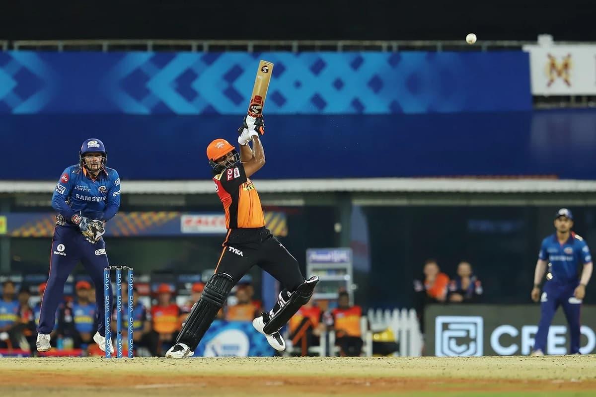 Cricket Image for IPL 2021: SRH's '3D' Shankar's All-Round Show In Vain Against Mumbai