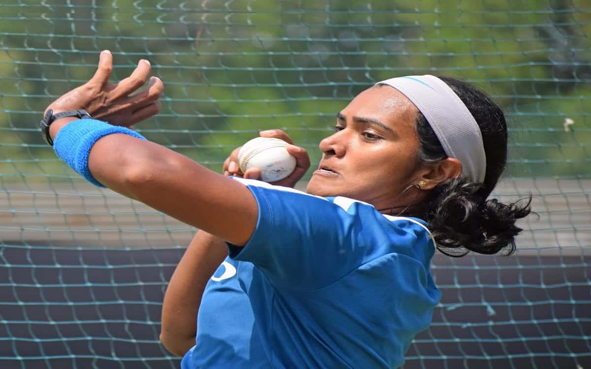 Cricket Image for Shikha Pandey Breaks Into Top 10 Of ODI Rankings
